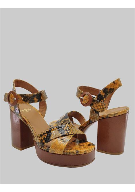 Calzature Donna Sandali in Pelle Stampa Pitone di Colore Ocra con Tacco e Plateau Alto Festa | Sandali | BILBAOOCRA