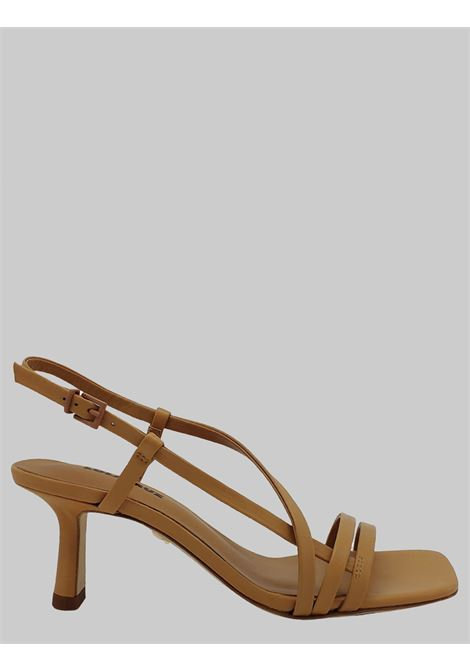 Lola Cruz | Sandals | 083Z10BKCAMEL