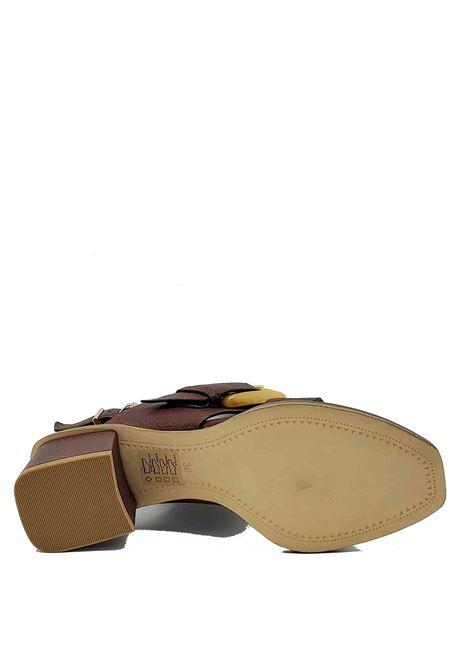 Calzature Donna Sandali in Pelle testa di Moro Con Cinturino e Fibbione Laterale di Colore Osso Bruno Premi | Sandali | BB1202X013
