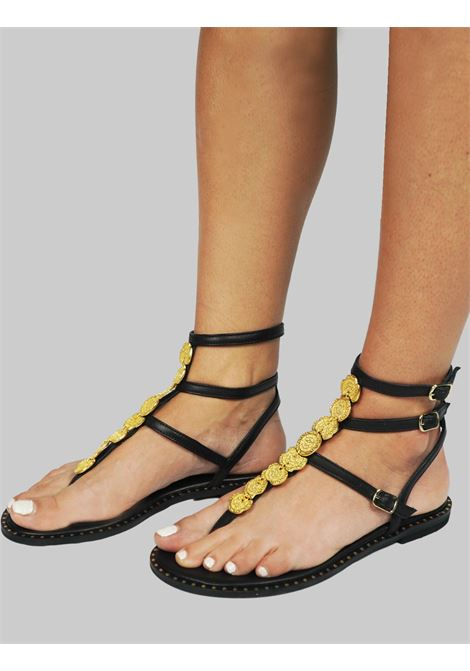 Women's Shoes Flat Flip Flops Sandals in Black Leather with Gold Accessory Straps and Rubber Sole Exe |  | 601001