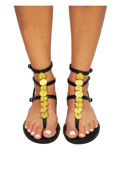 Women's Shoes Flat Flip Flops Sandals in Black Leather with Gold Accessory Straps and Rubber Sole Exe | Flat sandals | 601001