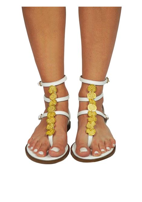 Women's Shoes Flat Flip Flops Sandals in White Leather with Gold Accessory Straps and Rubber Sole Exe |  | 601100