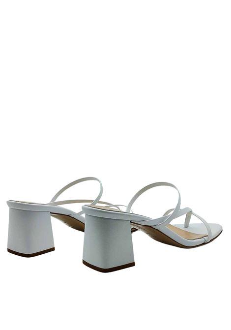 Calzature Donna Sandali Infradito in Pelle Bianca con Punta Qudra e Tacco in Tinta Fabio Rusconi | Sandali | 1759100