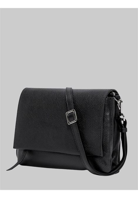 Three Shoulder Bag in Black Leather With Long Flap And Removable Shoulder Strap Gianni Chiarini | Bags and backpacks | BS4364001