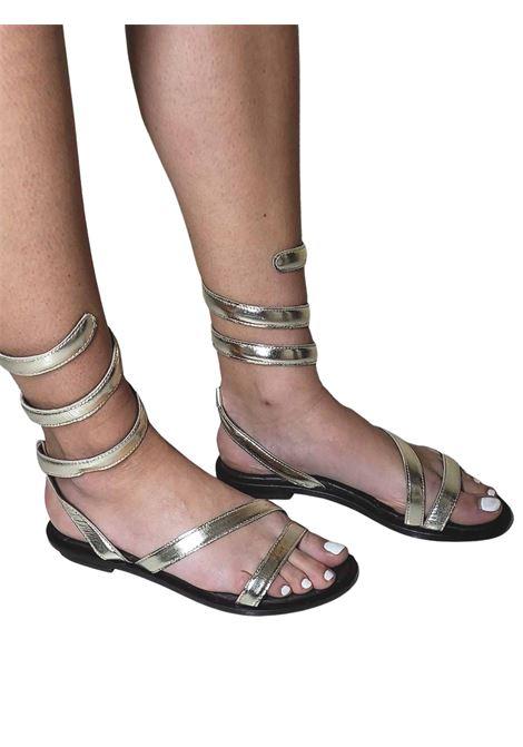 Calzature Donna Sandali Bassi in Pelle Platino con Cinturino Serpente alla Caviglia HADEL | Sandali Flat | 1SA526600