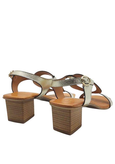Calzature Donna Sandali in Pelle Platino con Cinturino Posteriore e Fibbietta Laterale Hispanitas | Sandali | HV211300600