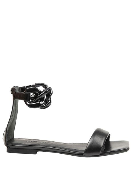 Women's Shoes Low Sandals in Black Leather Low with Chain Anklet Janet & Janet | Sandals | 01103001