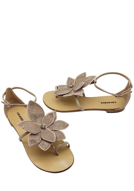 Women's Shoes Flat Sandal Flip Flops in Nude Leather with Large Rose in Tint-on-Tint Beads Lola Cruz | Flat sandals | 038Z00BK300