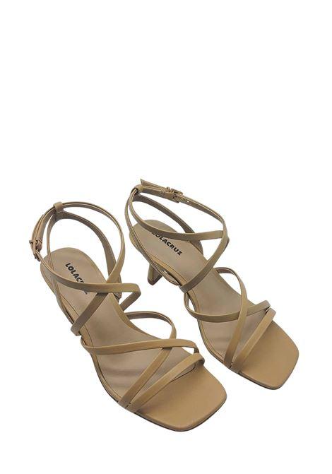 Calzature Donna Sandalo in Pelle Camel con Cinturino alla Caviglia e Punta Quadra Lola Cruz | Sandali | 084Z14BK025