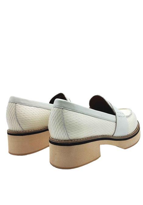 Calzature Donna Mocassini in Pelle Biaca Stampa Wips con Bendina in Pelle e Fondo Zeppa Leggera Manufacture D'Essai | Mocassini | 40100