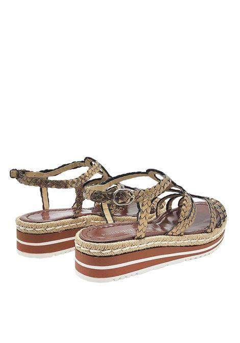 Calzature Donna Sandali in Pelle Intrecciata Bronzo con Cinturino alla Caviglia e Zeppa Bassa in Gomma Pons Quintana | Sandali | 8344601