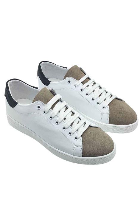 Calzature Uomo Sneakers in Pelle Bianca e Camoscio Taupe con Fondo in Gomma Spatarella | Sneakers | 2011100B