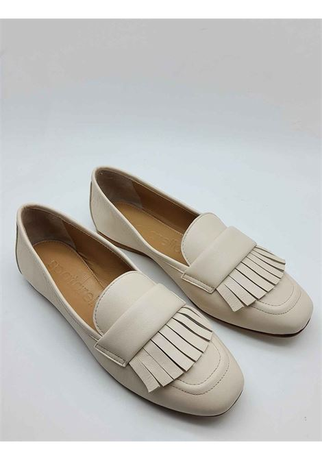 Women's Shoes Moccasins in Ivory Leather with Fringes and Ultra Flexible Leather Bottom Spatarella | Mocassins | 406015