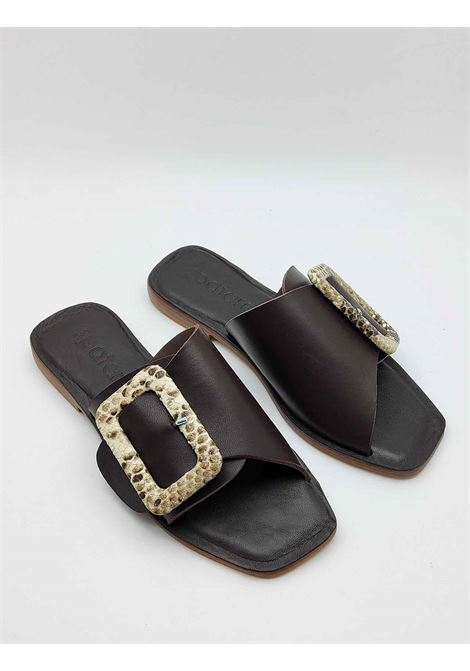 Women's Shoes Flat Sandals in Brown Cross Leather with Buckle Covered in Natural Python Spatarella |  | DI15013