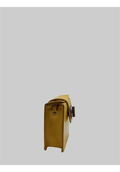 Borsa Donna Clutch Piccola in Pelle Senape con Tracolla Regolabile in Tinta Spatarella | Borse e zaini | PE0204007