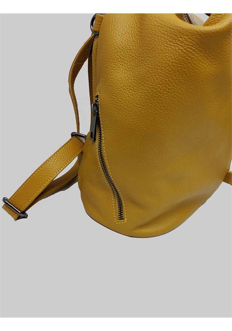 Woman Backpacks in Mustard Leather with Zip Closure and Pull with Studs Adjustable Shoulder Straps in Leather Spatarella | Bags and backpacks | PE0214007