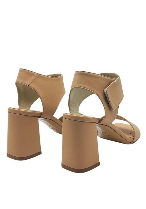 Calzature Donna Sandali in Pelle Nude con Cinturino Tacco Alto e Punta Quadra Tattoo | Sandali | 109300
