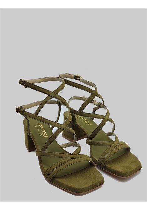 Calzature Donna Sandali In Camoscio Verde Punta Quadra Con Cinturini Intrecciati Tattoo | Sandali | 119Q005