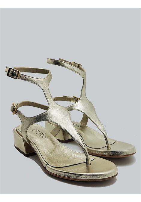 Calzature Donna Sandali Infradito In Pelle Platino Con Tacco Basso e Chiusura Con Cinturini Tattoo | Sandali | 3019600