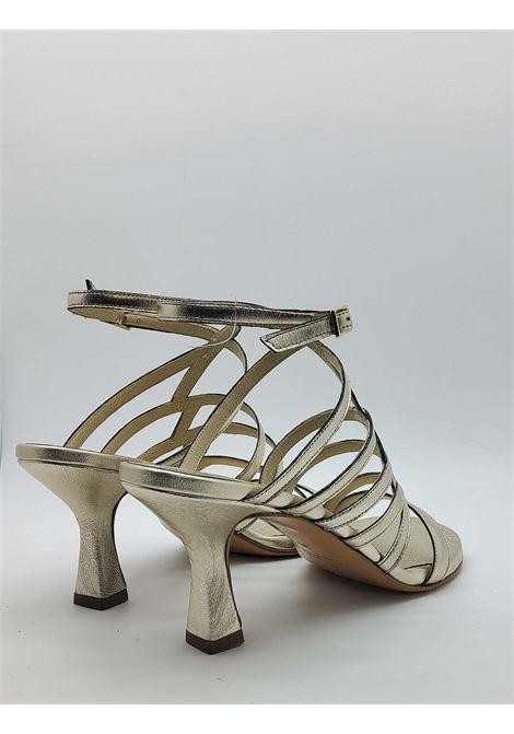 Calzature Donna Sandali In Pelle Oro Con Cinturini e Chiusura Laterale Con Fibbia Tattoo | Sandali | 7026602