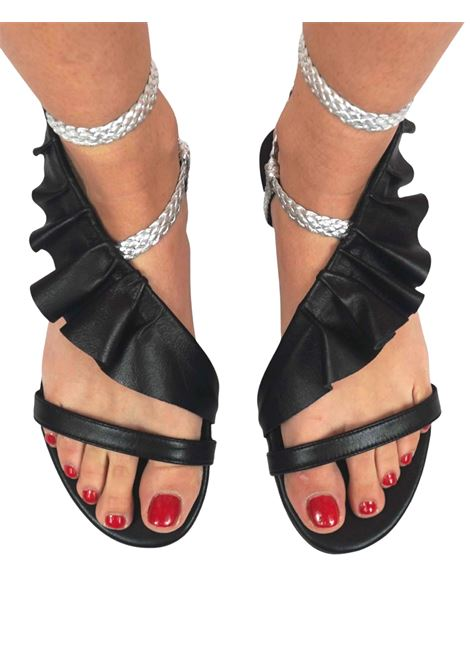 Women's Shoes Flat Sandals in Black Leather with Silver Braided Leather Straps and Leather Plissé Toral | Flat sandals | TL12639001