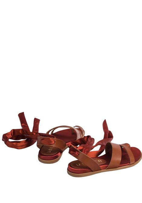 Calzature Donna Sandali Bassi in Pelle con Lacci alla Caviglia Unisa | Sandali Flat | CARAVI014