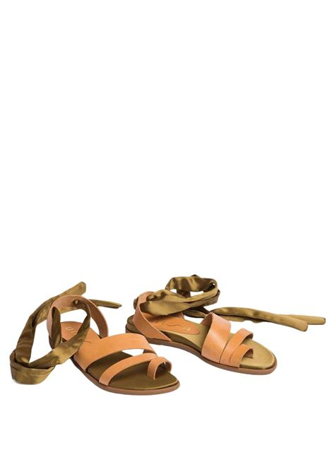 Women's Shoes Low Sandals in Leather with Ankle Laces Unisa | Flat sandals | CARAVI015