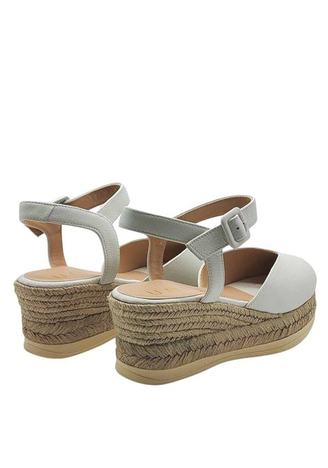 Women's Shoes Sandals Espadrilles in Ivory Leather with Ankle Strap and Closed Toe Unisa | Sandals | CEINOS015