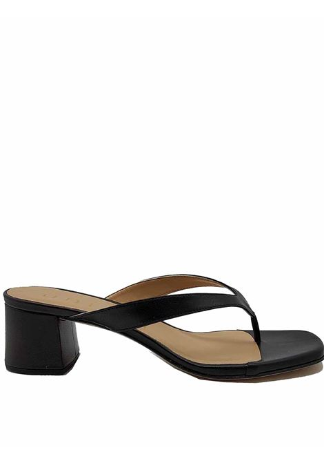 Women's Shoes Thong Sandals in Black Leather with Heel 50 Unisa | Sandals | KOLMA001