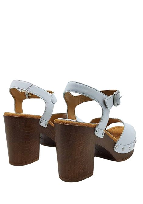 Women's Shoes White Leather Clog Sandals with Ankle Strap and Nailed Upper Unisa | Sandals | TACO100