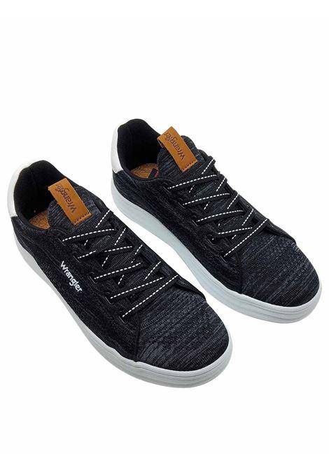 Calzature Uomo Sneakers Jelly Stringate in Tessuto Nero e Suola in Gomma Bianca Ultra Leggera Wrangler | Sneakers | WM11000A001