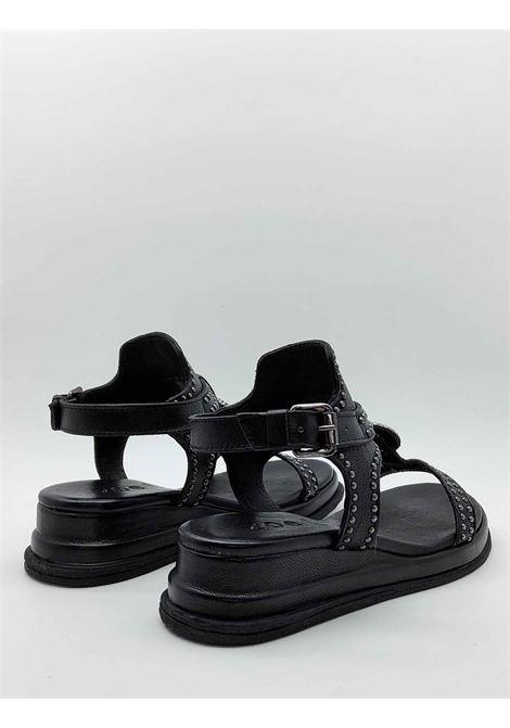 Calzature Donna Sandali in Pelle Nera con Borchie e Cinturino alla Caviglia Zeppa Ultra Light Zoe | Sandali Zeppa | CHEYENNE02001