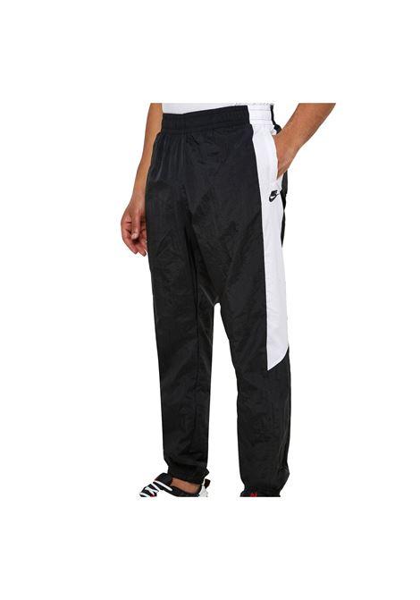 NIKE | Pants | CJ4564-010