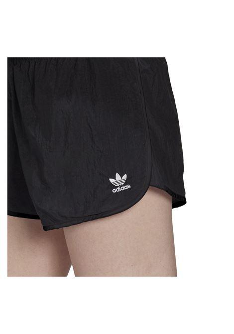 3 str shorts ADIDAS ORIGINAL | Shorts | GN2885-