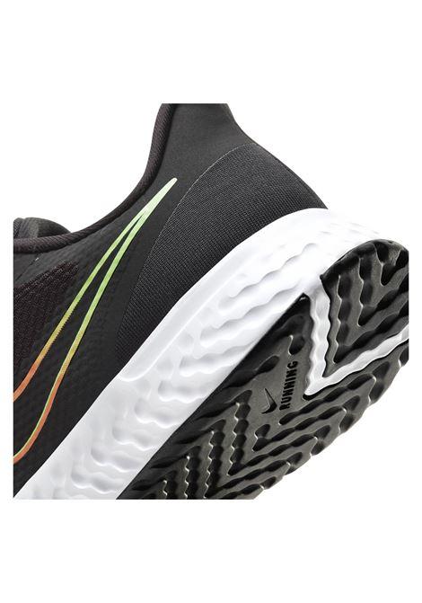 revolution NIKE | Scarpe Running | BQ3204-017