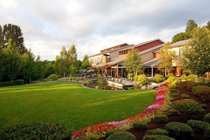 Cedarbrook lodge summer lawns hpg