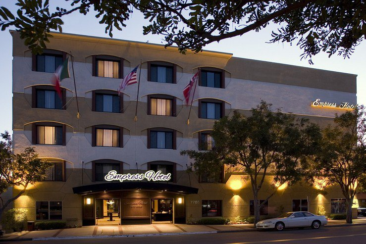 Empress hotel exterior hpg