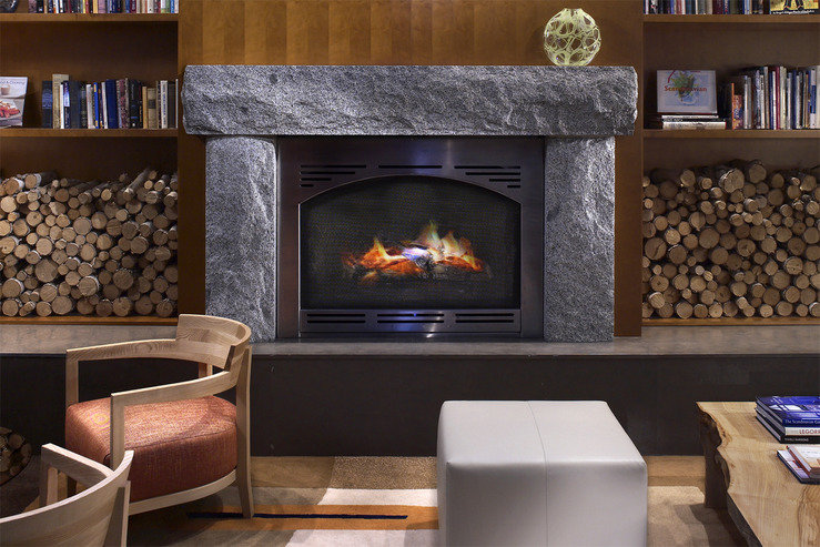 Hotel andra living room fireplace hpg