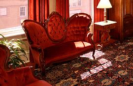 Hotel Boulderado Victorian settee