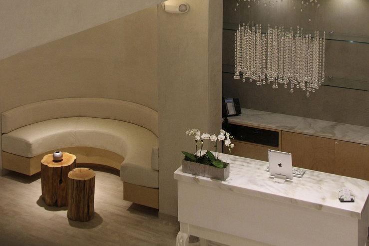 O hotel spa font desk 2 hpg