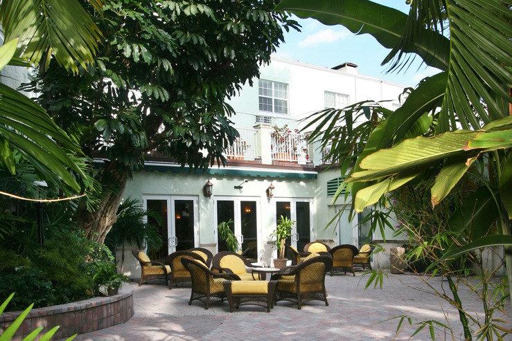 Riverside hotel garden patio hpg