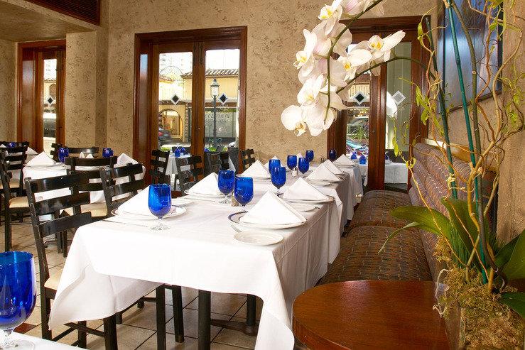Riverside hotel indigo dining detail hpg