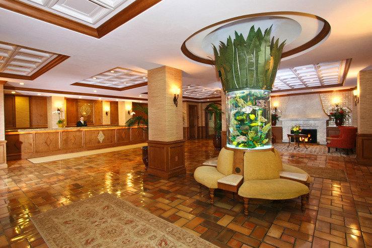 Riverside hotel lobby hpg