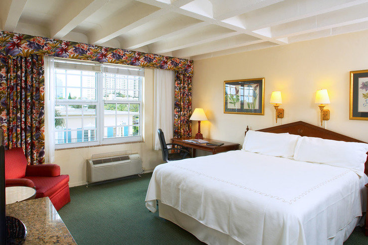 Riverside hotel traditional king hpg