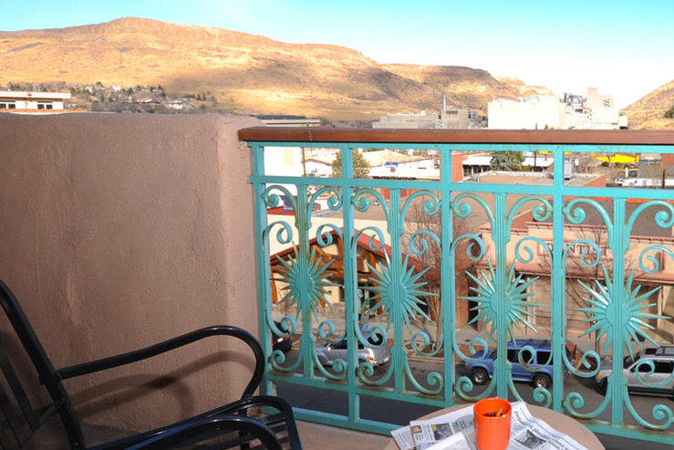 Table mountain inn balcony table mountain view hpg