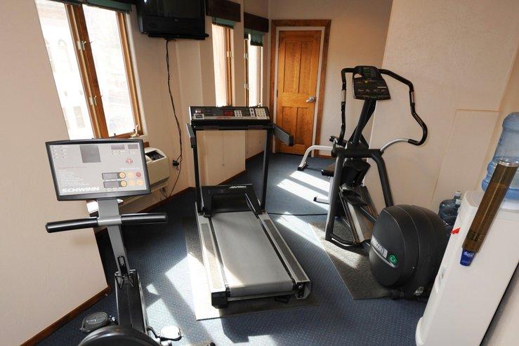 Table mountain inn fitness center hpg