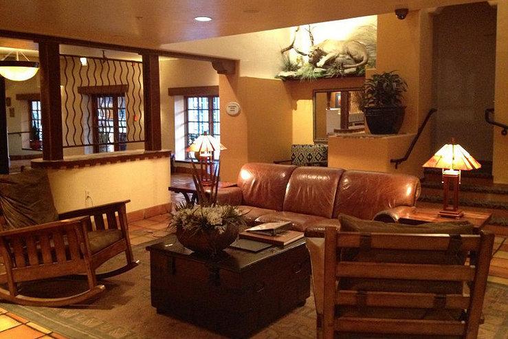 Table mountain inn lobby 3 hpg