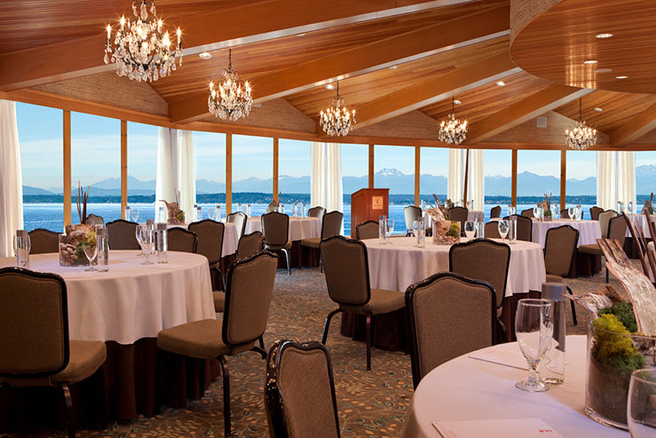 The edgewater hotel dining view hpg 1