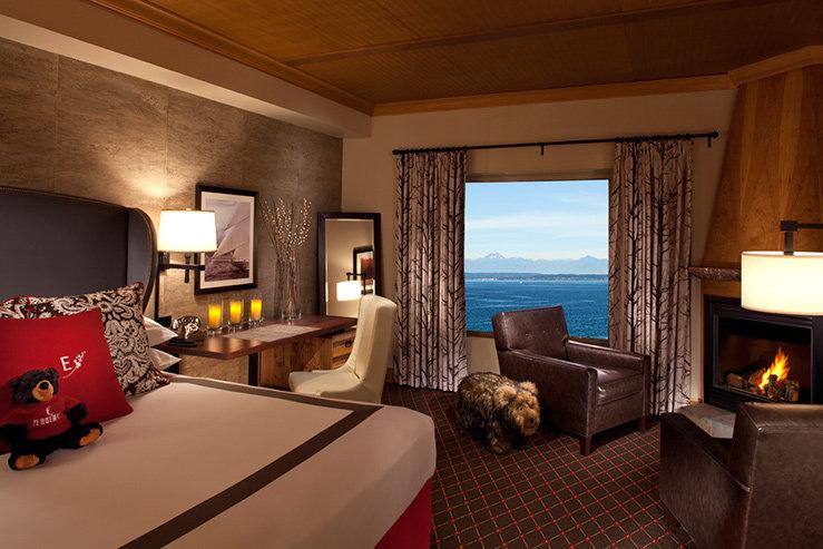 The edgewater hotel guestroom hpg 1