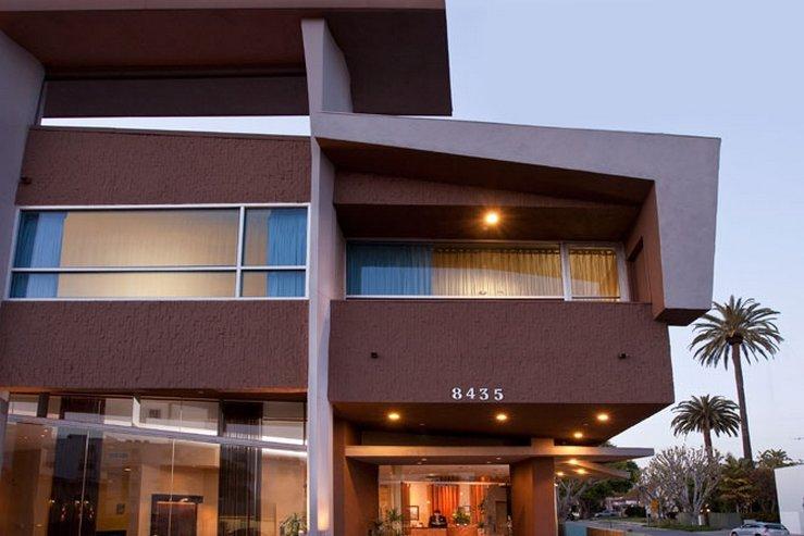 The elan hotel exterior at dusk 1 hpg